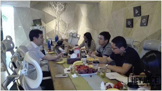茶桔便奶茶加盟总部迎来良渚街道团工委书记莅临指导