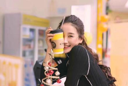 拥有忠实的顾客还怕奶茶加盟店不赚钱?