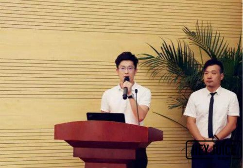 博多品牌中心王凯在创新创业大赛中发表讲话